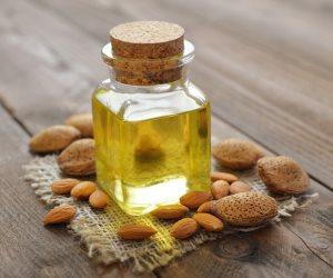 وصفات طبيعية للعناية بالبشرة.. العسل وزيت اللوز لجمال ونقاء بشرتك