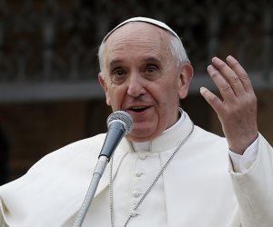 بابا الفاتيكان يحث قادة العالم على حماية البيئة