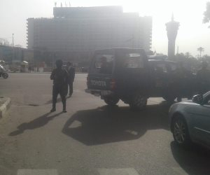 إعادة فتح ميدان التحرير بعد غلقه لمرور موكب بابا الفاتيكان (صور)