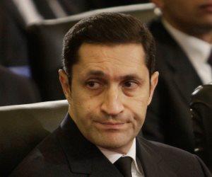 """على طريقة شجيع السيما.. علاء مبارك يتقمص دور البطولة قبل حكم """"تلاعب البورصة"""""""