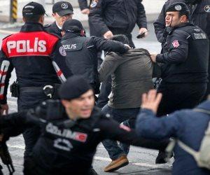 سحل وضرب واعتقالات.. شرطة أردوغان تفرق مظاهرات سلمية في العاصمة أنقرة