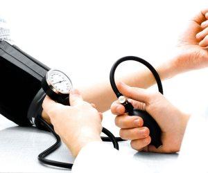 منها السمن.. تعرف على أسباب ارتفاع ضغط الدم
