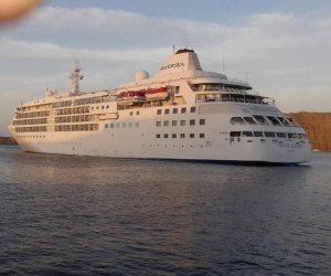 57 راكبا من جنسيات مختلفة يتوجهون إلى ميناء ميناء شرم الشيخ البحري
