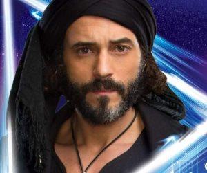 متآمر وأهبل.. أحمد موسى يكشف  سرقة قناة الشرق الإرهابية مسلسل كفر دلهاب