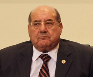رئيس المحكمة الدستورية يرفض التعرض لقرار وقف تنفيذ أحكام «تيران وصنافير»