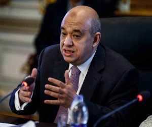 وزير السياحة يقدم واجب العزاء في السفارة الألمانية