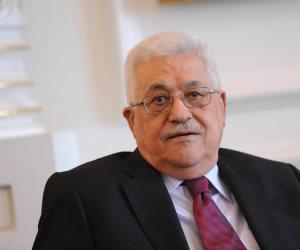 الرئيس الفلسطيني يقطع جولته الخارجية لعقد اجتماع طارئ بشأن الأقصى