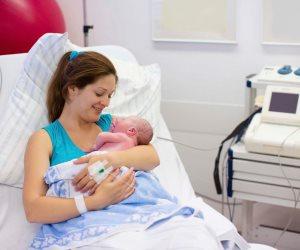 لو أم لأول مرة .. نصائح للتعامل مع طفلك حديث الولادة