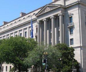 تدهور المرافق السبب.. أعضاء بالشهر العقاري يؤيدون طلب البرلمان بفصل «المصلحة» عن «العدل»