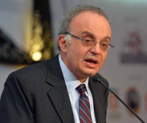 الرئيس السابق للرقابة المالية يشدد على وضع ضوابط لحماية الأفراد والمؤسسات