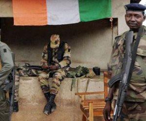 جنود يطلقون النار ويغلقون الطرق في مدينة بشمال ساحل العاج