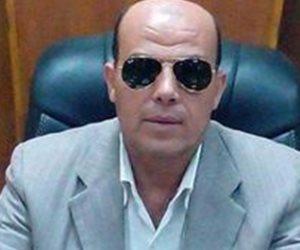 رئيس «أشمون» يناقش تفعيل دور الخدمات المقدمة للمواطنين والشباك الواحد