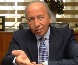 «بنك الاستثمار العربي» يوقع اتفاقية مع مدينة دمياط للأثاث