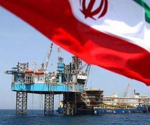 الضغوط الأمريكية تقوض اقتصاد إيران.. ونفط طهران يترنح
