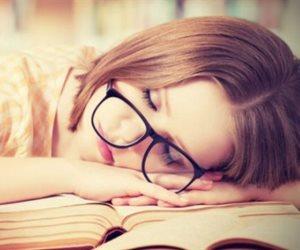 «ينظم النوم».. تعرف على الأطعمة الغنية بالميلاتونين