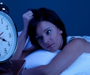 الأرق والنوم أقل من ست ساعات يزيدان من خطر الإصابة بضعف الإدراك
