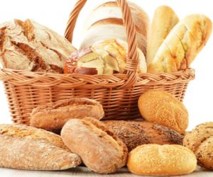 من فتافيت العيش اعملي أكله.. طرق للاستفادة من بقايا الخبز وتخزينها مدة طويلة