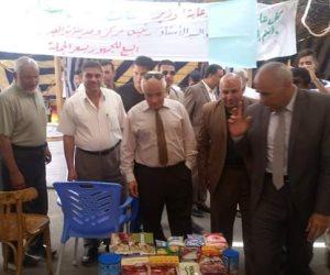 """السكرتير العام المساعد للأقصر يفتتح معرض """"أهلا رمضان"""" أمام محطة السكة الحديد"""