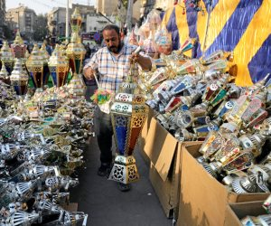 «حالو يا حالو».. العالم يستعد لاستقبال شهر الصوم بالفوانيس وتزيين الشوارع (صور)