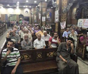 كنيسة ابو سيفين بأبو قرقاص تستعد لجنازة شهداء حادث المنيا (صور)