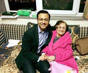 محمد سعيد محفوظ يطمئن جمهور الإذاعية آمال فهمي من المستشفى