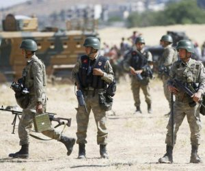 مصادر أمنية: مقتل ثلاثة جنود أتراك في هجوم لمسلحين أكراد