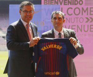 رئيس برشلونة ينهي الجدل بشأن رحيل إرنستو فالفيردي من تدريب الفريق