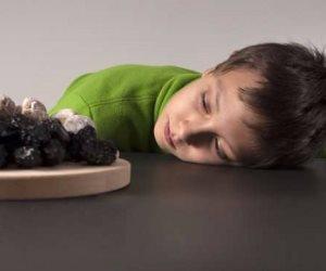 ابدأ بالتدريج وأهتم بالأطعمة المغذية.. خطوات بسيطة تشجع طفلك على الصيام