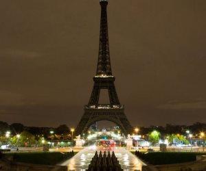 برج ايفيل يطفئ أضواءه الليلة تضامنا مع لندن