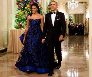 ميشيل أوباما: زوجى ظل يرتدي نفس بدلته لمدة 8 سنوات دون أن يلاحظ أحد