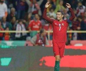 رونالدو يكشف حقيقة طلب الرحيل عن ريال مدريد