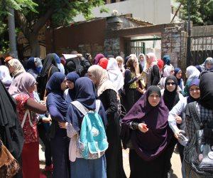 التعليم تحذر الفتيات: تعامل صارم مع طالبات الثانوية خلال الامتحانات القادمة