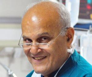 """مجدي يعقوب يكشف لأول مرة: تخصصت في جراحة القلب """"بسبب عمتي"""""""