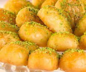 تعرفى على طريقة عمل رموش الست.. حلوى رمضانية بلمسة شرقية