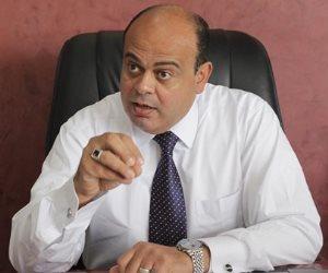 محافظ مطروح يستقبل القنصل البريطاني بالإسكندرية لبحث التعاون المشترك