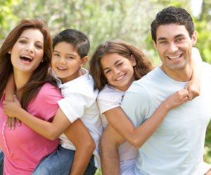 «بيت العائلة» يطالب الأزواج بقضاء وقت أطول مع زوجاتهم وأولادهم