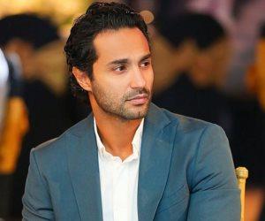 كريم فهمي.. صحته ودعوات زملاءه له بالشفاء عبر مواقع التواصل الاجتماعي