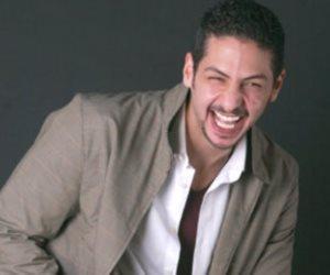 نجوم الفن والإعلام ينعون المذيع عمرو سمير (صور)