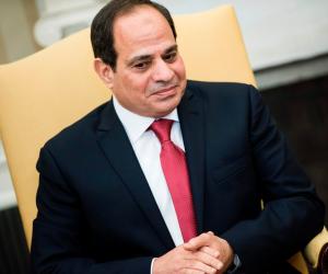 الرئيس السيسي يشيد بالتعاون المثمر بين مصر وفرنسا في المجال العسكري