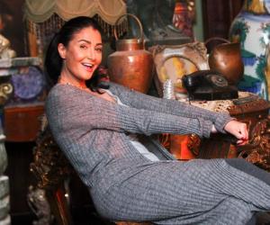 غادة عبدالرزاق بعد اختيار إليسا لغناء تتر «ضد مجهول»: أخيرا ملكة الإحساس