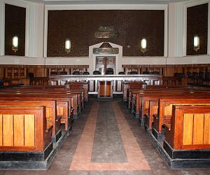 محكمة تعليمية لتأهيل الطلاب لممارسة الحياة القانونية بحقوق المنيا