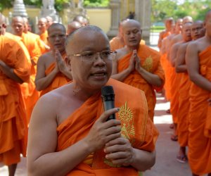 رهبان يحتفلون بإدراج معبد في كمبوديا على قوائم اليونسكو (صور)