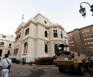 الحكومة تقطع لسان الإخوان.. حقيقة توقف حركة ترقيات الوظائف القيادية بالجهاز الإدارى