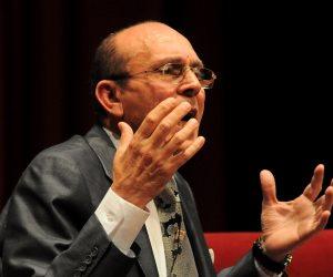 """مسرح """"أبو الفنون"""" يستعيد مكانته من جديد"""