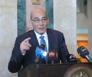وزير الزراعة يغادر إلى بولندا لبحث التعاون بين البلدين