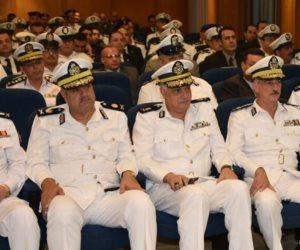 تكريم اللواء «عز العرب» و 63 ضابطا متميزا بالسياحة والحراسات