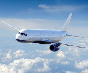 مهاجرون يحاولون الوصول إلى بريطانيا في طائرة خاصة