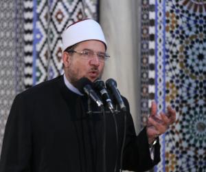 وزير الأوقاف يصلى صلاة الغائب على أرواح شهداء الوطن بعد انتهاء صلاة الجمعة