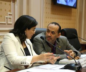 اتصالات البرلمان تطالب بأصدار تشريع يمكن الأمن من الإطلاع على رسائل «فيس بوك»