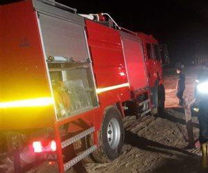 الدفاع المدنى يشارك بـ 8 سيارات إطفاء للسيطرة على حريق بمستودع سيراميك بالدقهلية